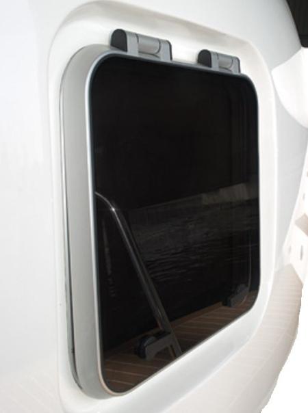 Standard Deckhatch with Flange (735×615mm)