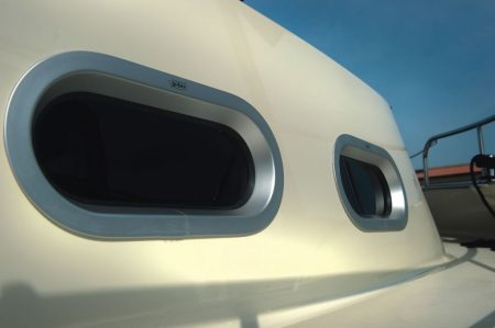 Portlight Circular Ended - Opening (508 × 254mm)